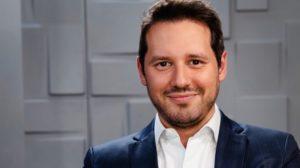 Dony de Nuccio posa para foto após sair da Globo (foto: reprodução/Instagram)
