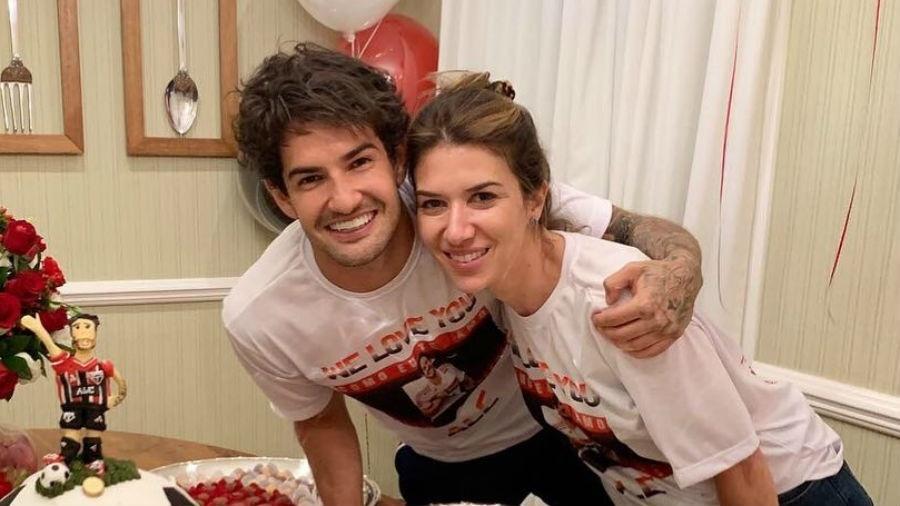 Alexandre Pato e Rebeca Abravanel podem ter herdeiro em breve (Foto: Reprodução/Instagram)