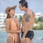 Alexia ( Deborah Secco ) conhece Renzo ( Rafael Cardoso) em Cancún e se apaixonam em Salve-se Quem Puder (Imagem: reprodução)