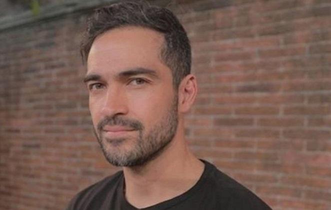 Alfonso Herrera é ameaçado por motorista de uber e mostra indignação em seu perfil do Twitter (Foto: Reprodução)