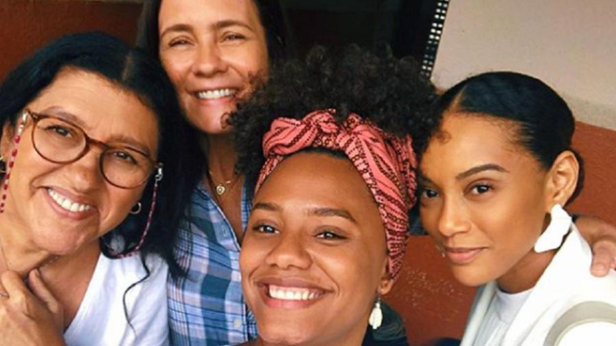 Regina Casé, Adriana Esteves, Jéssica Ellen e Taís Araújo, as atrizes de Amor de Mãe (Imagem: Instagram)