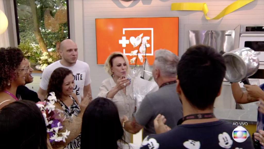 Lutando contra grave câncer, Ana Maria Braga recebe homenagem da equipe do Mais Você. Foto: Reprodução
