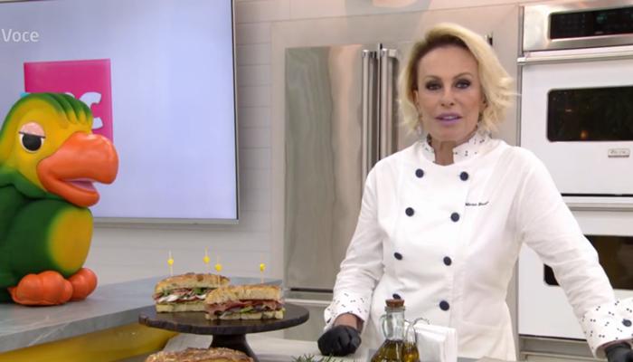 Ana Maria Braga apareceu no Mais Você só para fazer receita; programa despencou em audiência com substitutos (Foto: Reprodução/Globo)