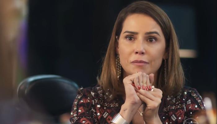 Alexia (Deborah Secco) em cena de Salve-se Quem Puder (Foto: Reprodução/Globo)
