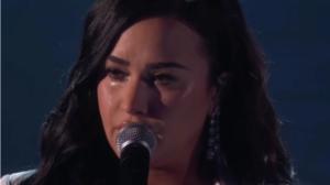 Demi Lovato chorou durante apresentação de Anyone no Grammy 2020 (Foto: Reprodução)