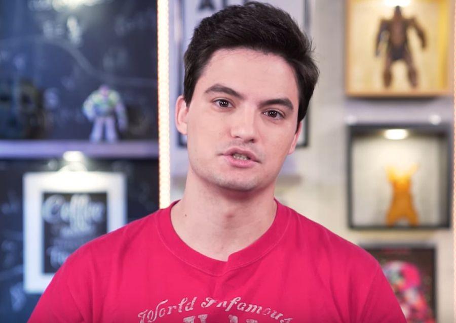 O youtuber Felipe Neto surpreendeu ao criticar Edir Macedo e mencionar a Record (Foto: Reprodução)