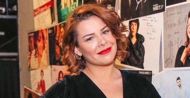 A atriz e apresentadora Fernanda Souza surgiu radiante nas redes sociais