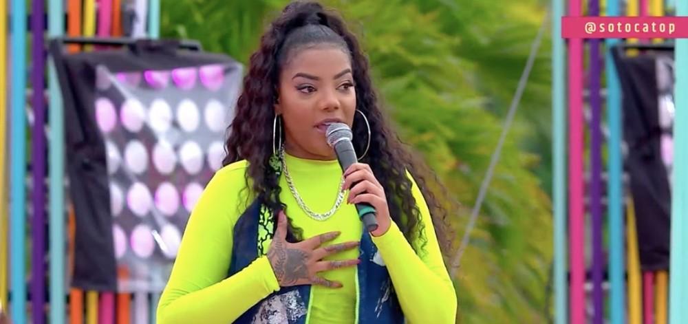 Ludmilla ignorou ida na RedeTV! e contou que sua primeira vez na TV, foi em um programa da Globo. Em 2013 ela participou do Esquenta de Regina Casé (Foto: Reprodução/ Globo)