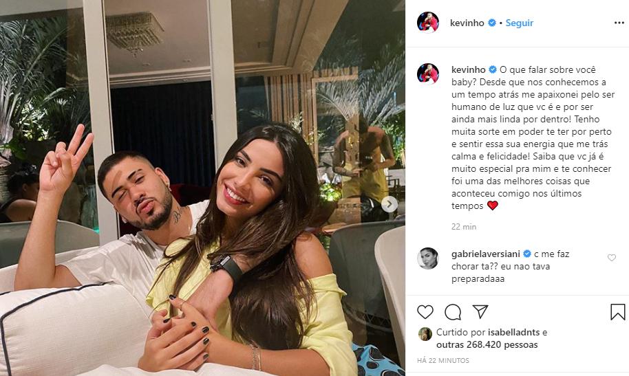 Kevinho assumiu o romance com Gabriela Versiani (Foto: Reprodução/ Instagram)