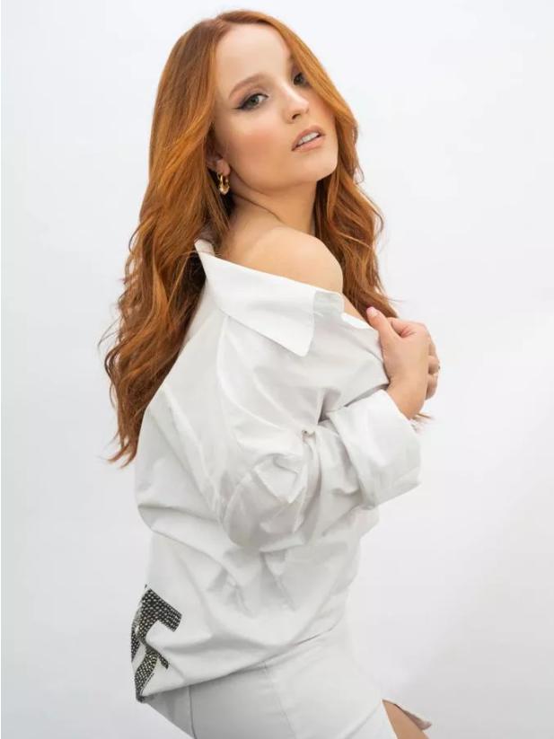 Larissa Manoela muda de visual (Foto: Reprodução)