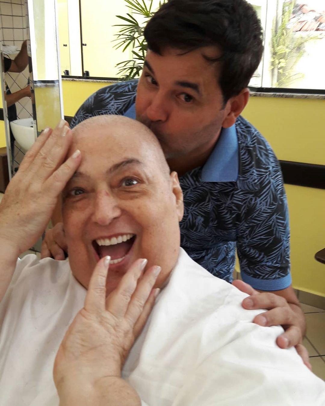 Mamma Bruschetta com o cabeleireiro Sylvio Rezende (Foto: Reprodução/Instagram)