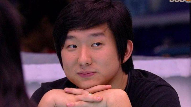 O famoso mágico e digital influencer, Pyong Lee ficou surpreso ao descobrir que havia recebido 10 votos no Big Brother Brasil ou BBB 20, da Globo (Foto: Reprodução/Globoplay)