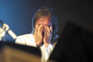 Roberto Carlos descobrirá problema de saúde aos 78 anos, segundo sensitivo