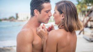 Renzo (Rafael Cardoso) e Alexia (Deborah Secco) em Salve-se Quem Puder (Foto: Globo/João Miguel Junior)