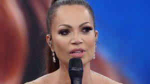 A cantora Solange Almeida foi surpreendida no Faustão - Foto: Reprodução