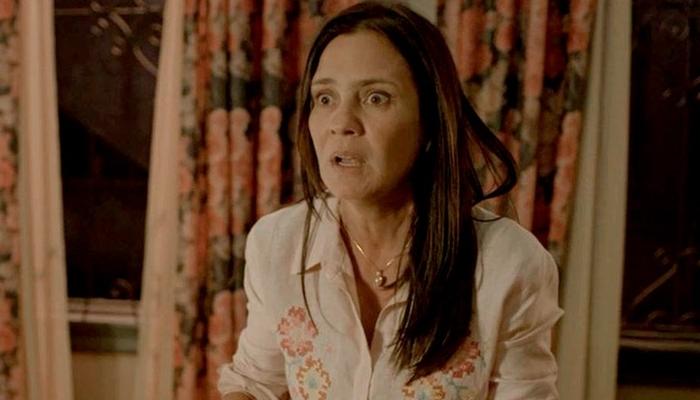 Thelma (Adriana Esteves) terá embate após ser desmascarada pelo filho em Amor de Mãe (Foto: Reprodução/Globo)
