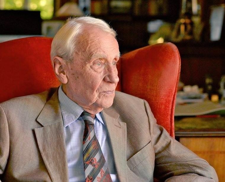 Morre aos 95 anos de idade o autor Christopher Tolkien (Foto: Reprodução)