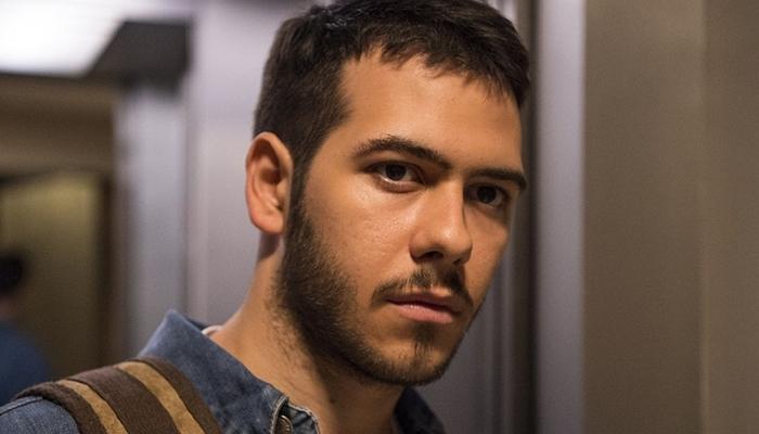 Antonio Benício (Vinícius) em Amor de Mãe (Foto: Globo/Estevam Avellar)