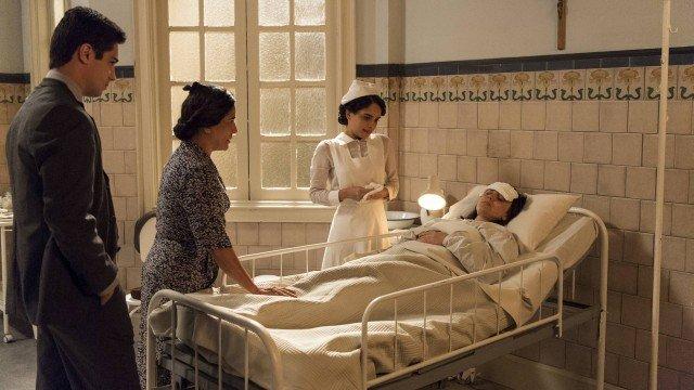 Clotilde fica doente na novela em Éramos Seis
