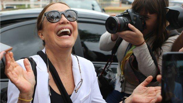 Regina Duarte chega a Brasília para encontrar com o presidente Jair Bolsonaro Foto: Jorge William/ Agência O Globo