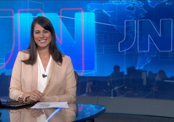 A jornalista Jessica Senra no Jornal Nacional - Foto: Reprodução
