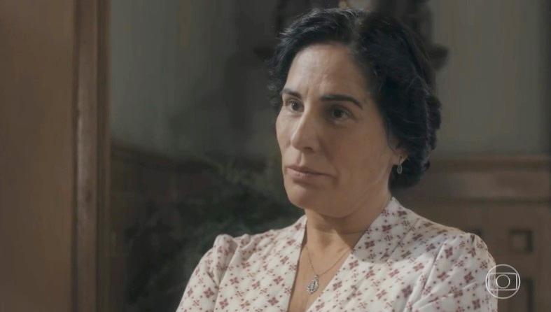 Lola (Gloria Pires) doará aliança que era do marido em Éramos Seis (Foto: Reprodução/Globo)