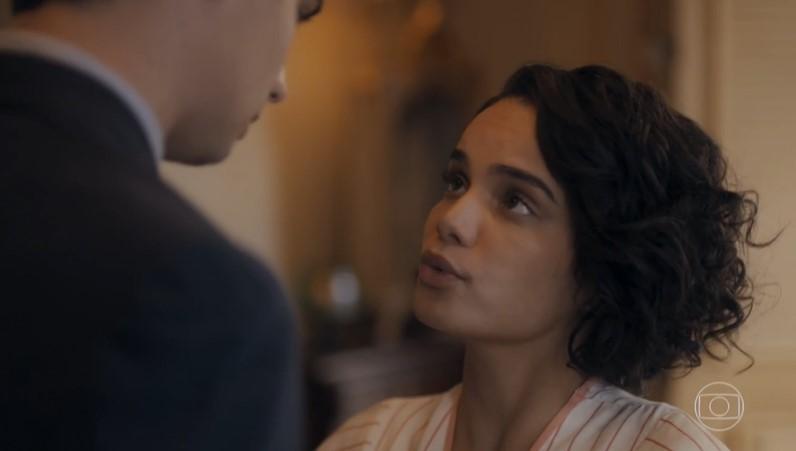 Inês (Carol Macedo) decidirá fugir com o namorado em Éramos Seis (Foto: Reprodução/Globo)
