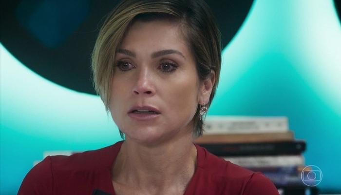Helena (Flávia Alessandra), a mãe de Luna (Juliana Paiva) em Salve-se Quem Puder (Foto: Reprodução/Globo)