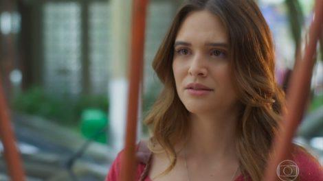 Luna (Juliana Paiva) em cena de Salve-Se Quem Puder (foto: reprodução/TV Globo)