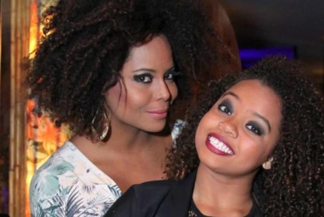 Vídeo íntimo: Adriana Bombom e Olívia (Foto: Reprodução)