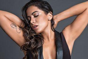 Anitta causou bastante ao exibir vibrador sexual em vídeo (Foto: Reprodução)