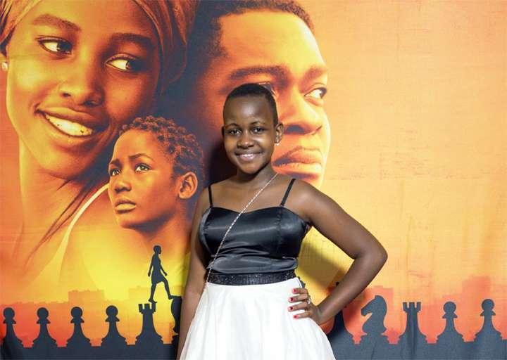 Morre aos 15 anos de idade a atriz mirim Nikita Pearl Waligwa (Foto: Reprodução)