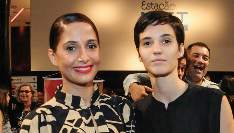 Camila Pitanga e namorada (Foto: AGnews)