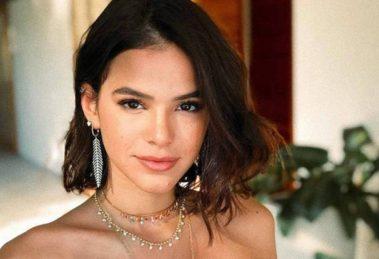Bruna Marquezine estrela campanha de grife ao lado de atrizes estrangeiras. (Foto: Divulgação)