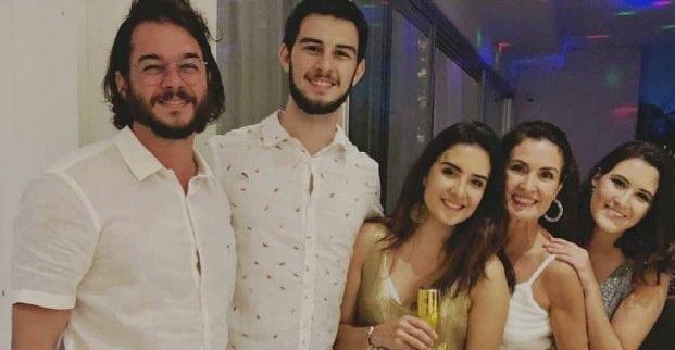 Túlio Gadêlha, Fátima Bernardes e trigêmeos