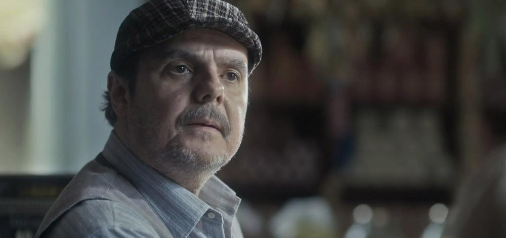 Afonso ficará gravemente ferido na guerra em Éramos Seis (Imagem: Reprodução/ Globo)