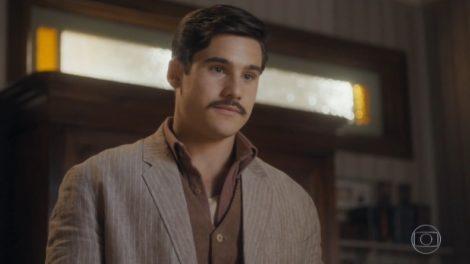 Alfredo (Nicolas Prattes) em cena de Éramos Seis (Foto: Reprodução/Globo)