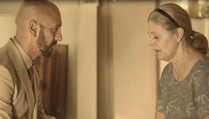 Álvaro (Irandhir Santos) e Nicete (Magali Biff) em cena de Amor de Mãe (Foto: Reprodução/Globo)