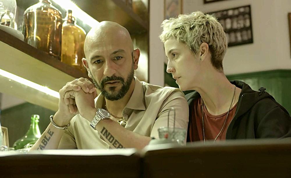 Álvaro é ameaçado por Verena em Amor de Mãe - Foto: Reprodução