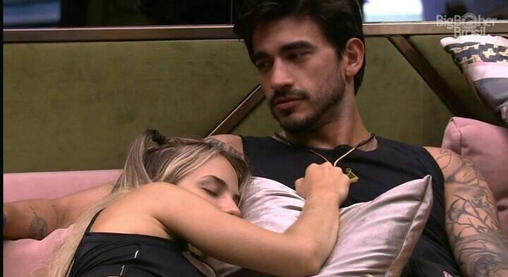 Gabi dispensa Guilherme e justifica durante conversa no BBB 20 (Foto: Reprodução/ Globoplay)