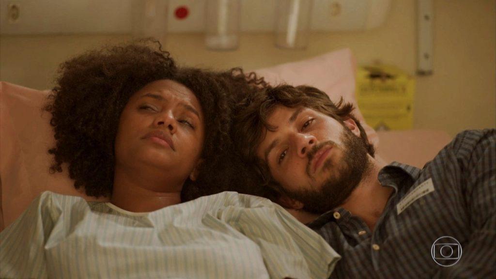 Camila e Danilo no hospital de Amor de Mãe