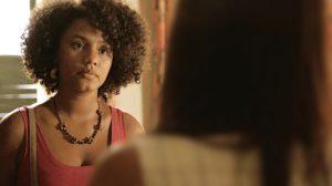 Camila (Jéssica Ellen) em cena de Amor de Mãe