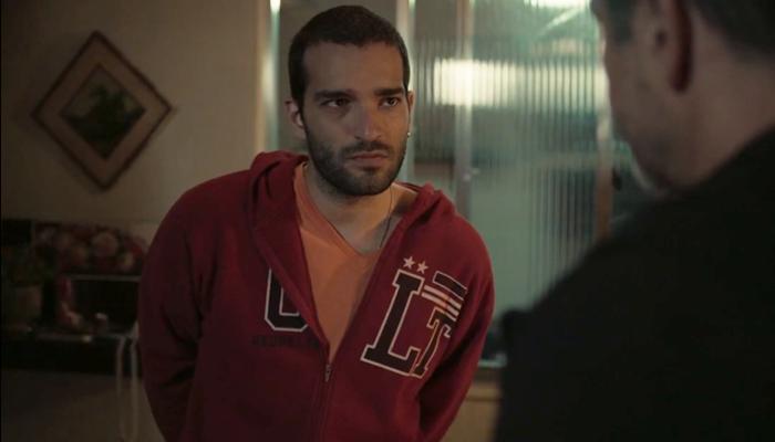 Sandro (Humberto Carrão) confessará crime para Raul (Murilo Benício) em Amor de Mãe (Foto: Reprodução/Globo)