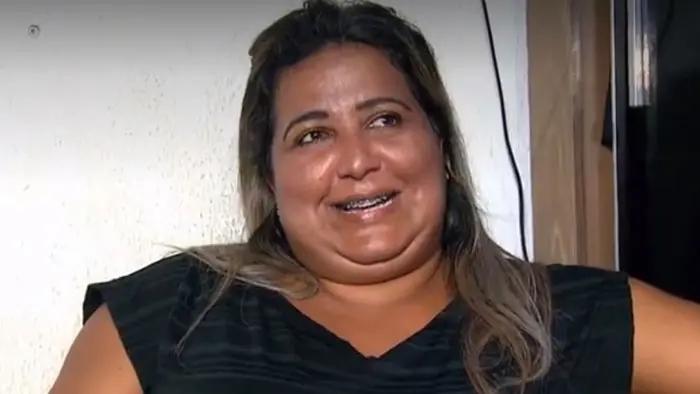Cida, ex-participante do BBB4, em entrevista para Geraldo Luís (Foto: reprodução/RecordTV)