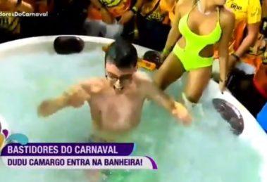 Dudu Camargo causou no Carnaval da RedeTV! - Foto: Reprodução