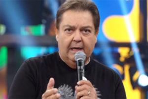 O apresentador Faustão leu direito de resposta do Flamengo ao vivo - Foto: Reprodução