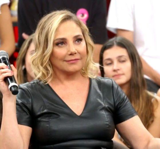 Heloísa Périssé no Altas Horas (Foto: Reprodução/ TV Globo)