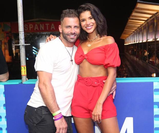 Henri Castelli e Jakelyne Oliveira voltaram a ser flagrados juntos (Foto: Reginaldo Teixeira / CS Eventos / Divulgação)