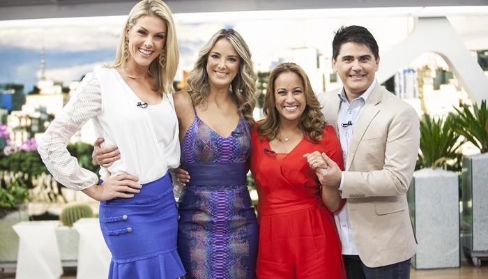 Ana Hickmann, Ticiane Pinheiro, Renata Alves e Cesar Filho no Hoje em Dia (foto: Edu Moraes/RecordTV)