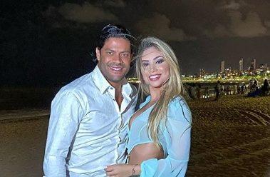 Hulk ao lado da namorada Camila Ângelo, sobrinha de sua ex-mulher (Foto: Reprodução)